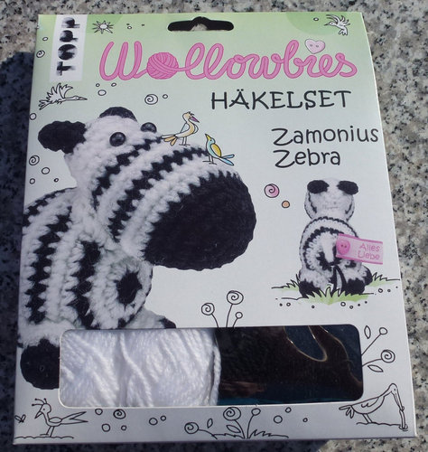 TOPP Wollowbies Häkelset Zamonius Zebra